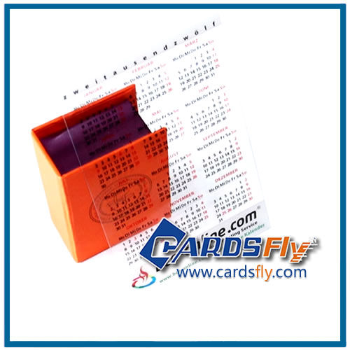 transparent plastic calendar card